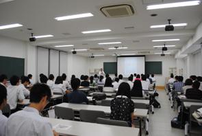 建築学科説明会:建築学科の概要やカリキュラムを紹介